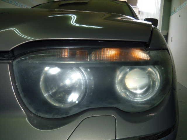 BMW745Li ヘッドライトコーティング施工前
