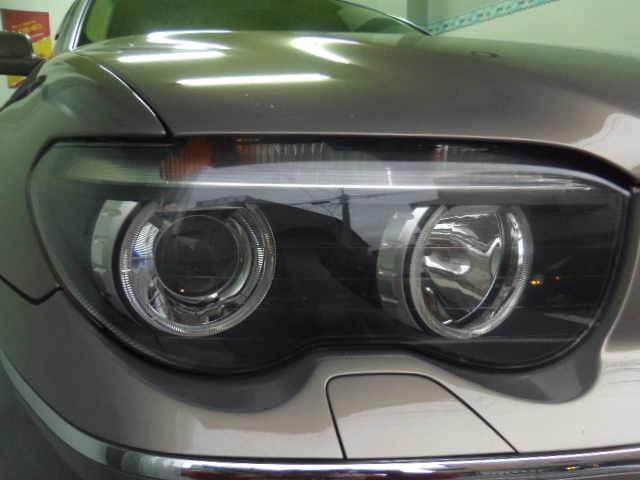 BMW745Li ヘッドライトコーティング施工後