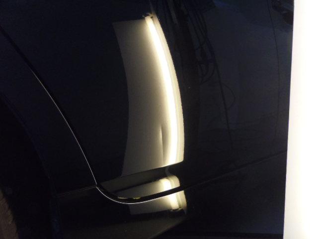 トヨタ プリウス デントリペア修理前