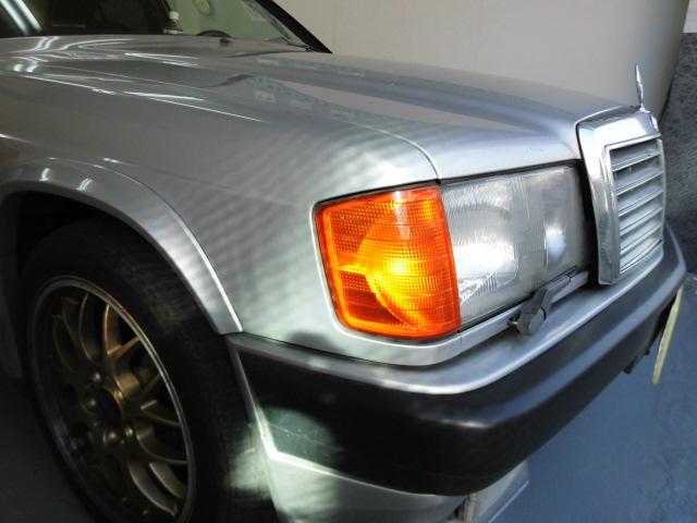 ベンツ190E トランクの凹み修理