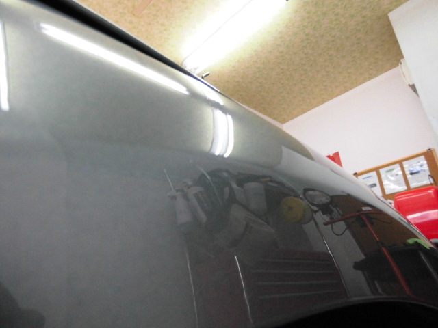アウディTT フロントフェンダーのヘコミ修理後