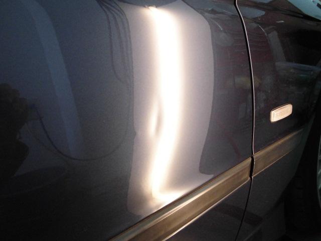 BMW540i ドアのヘコミ
