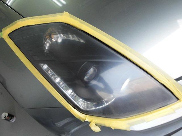 Z33社外ヘッドライト剥がれ