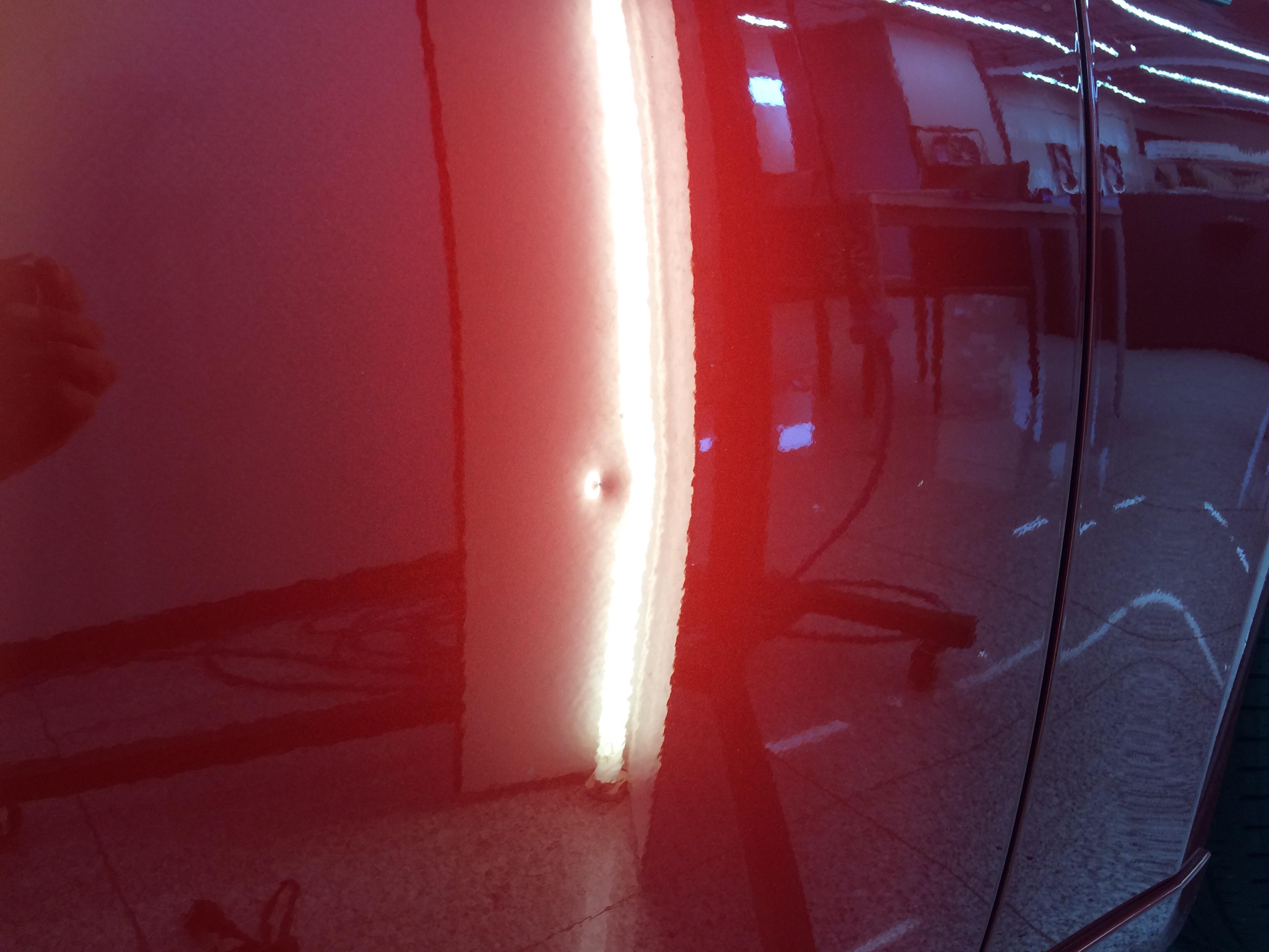 レクサスIS300h ドアのデントリペア
