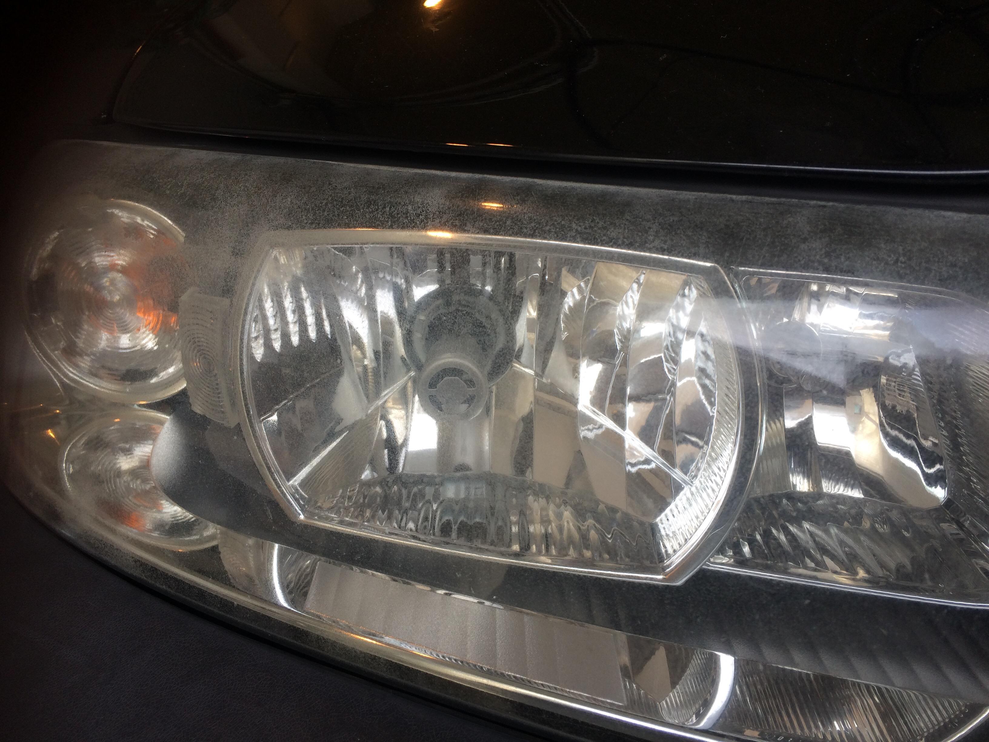 ボルボXC70 ヘッドライトの黄ばみ