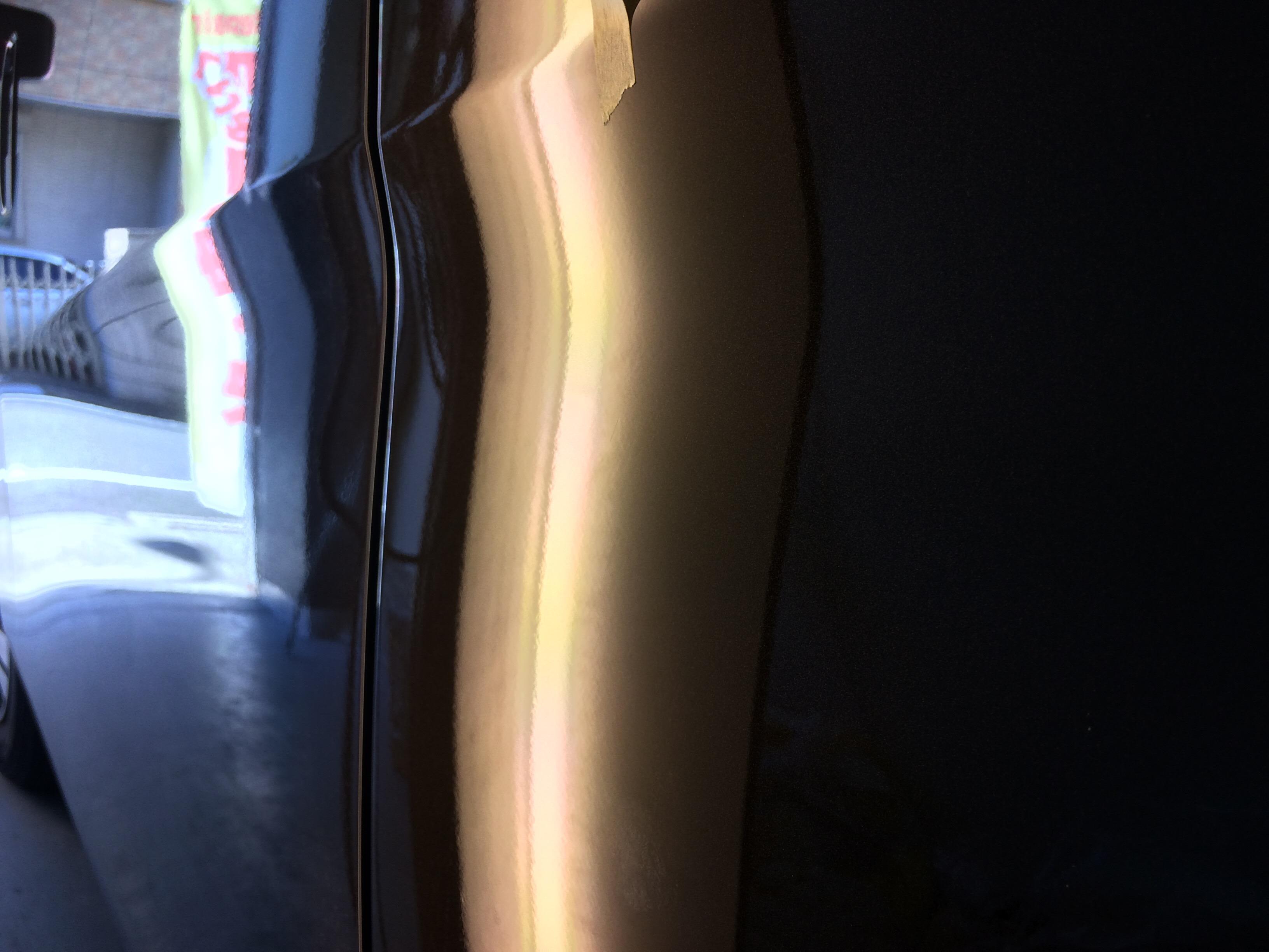NV350クォーターパネルのデントリペア