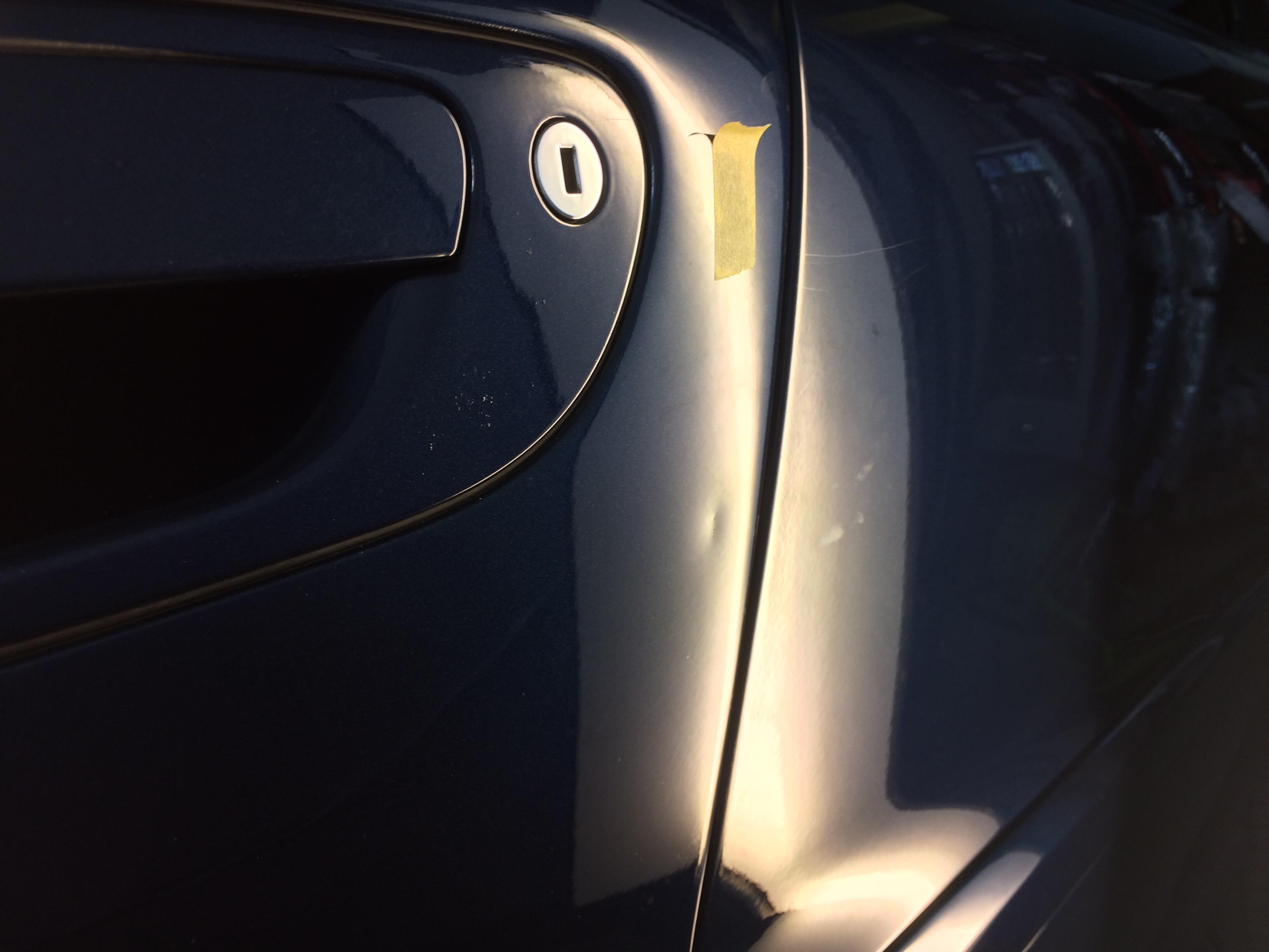 ボルボV70 ドアのデントリペア