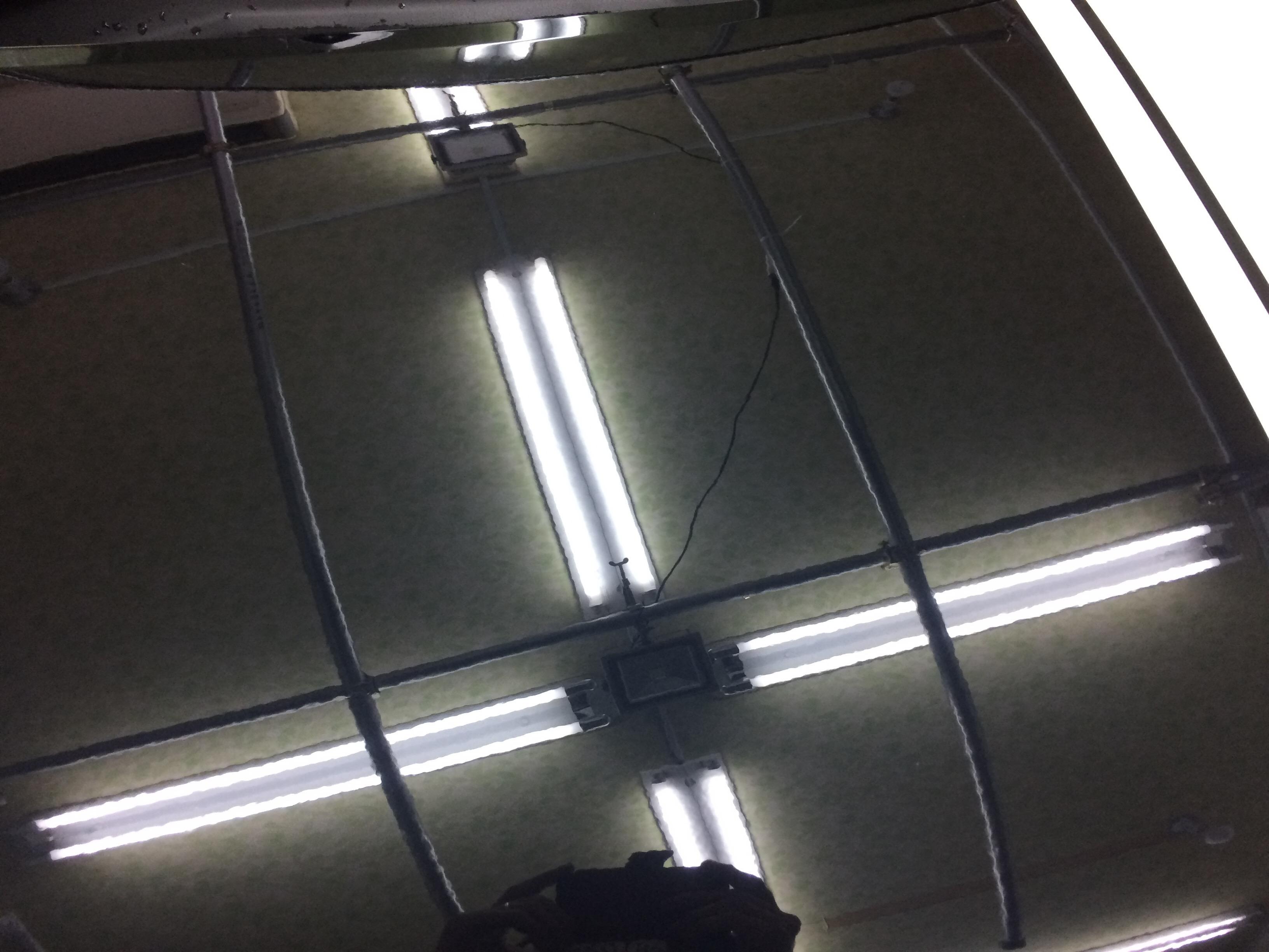 ボンネットのヘコミ修理