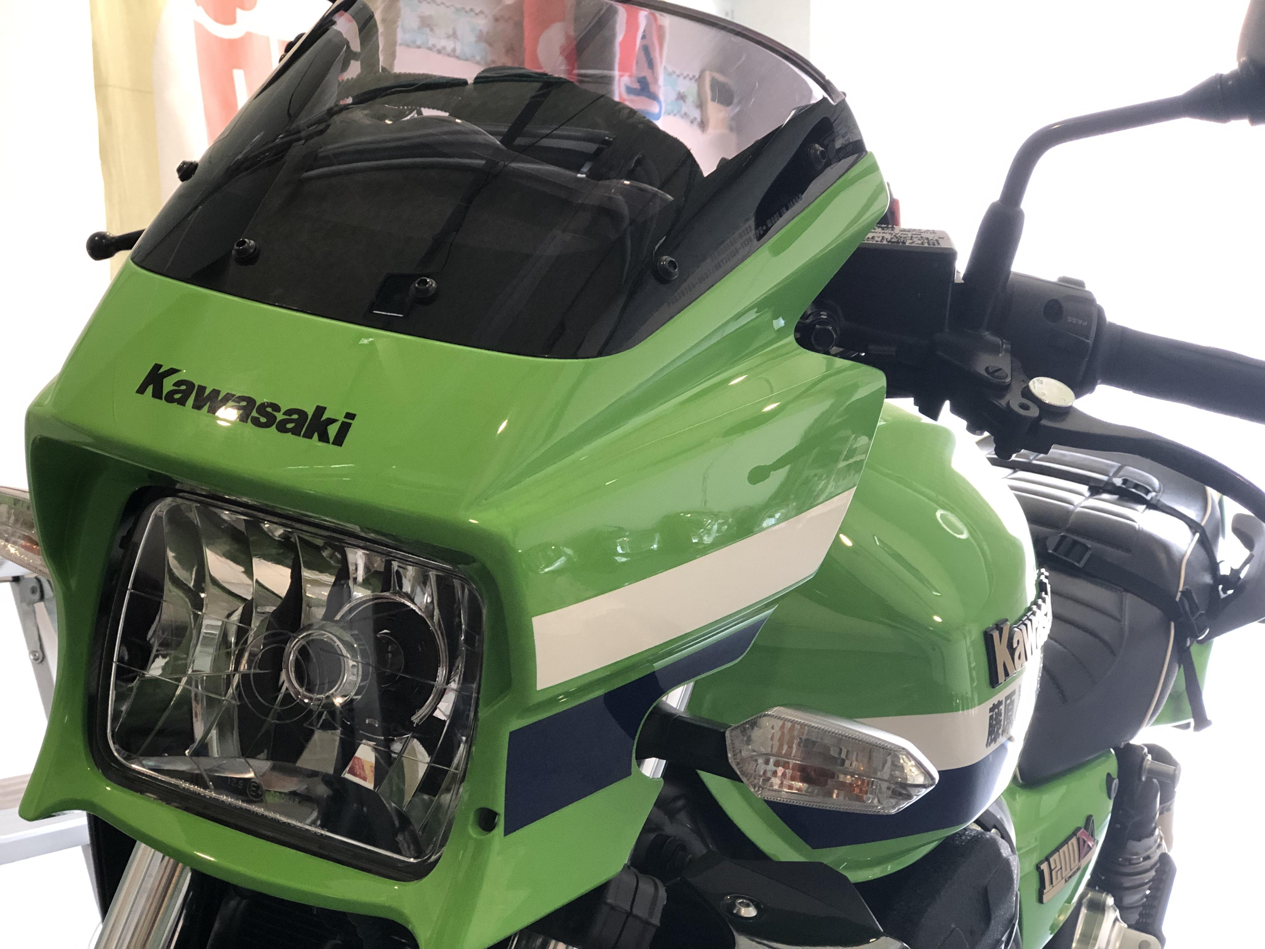 カワサキ ZRX1200