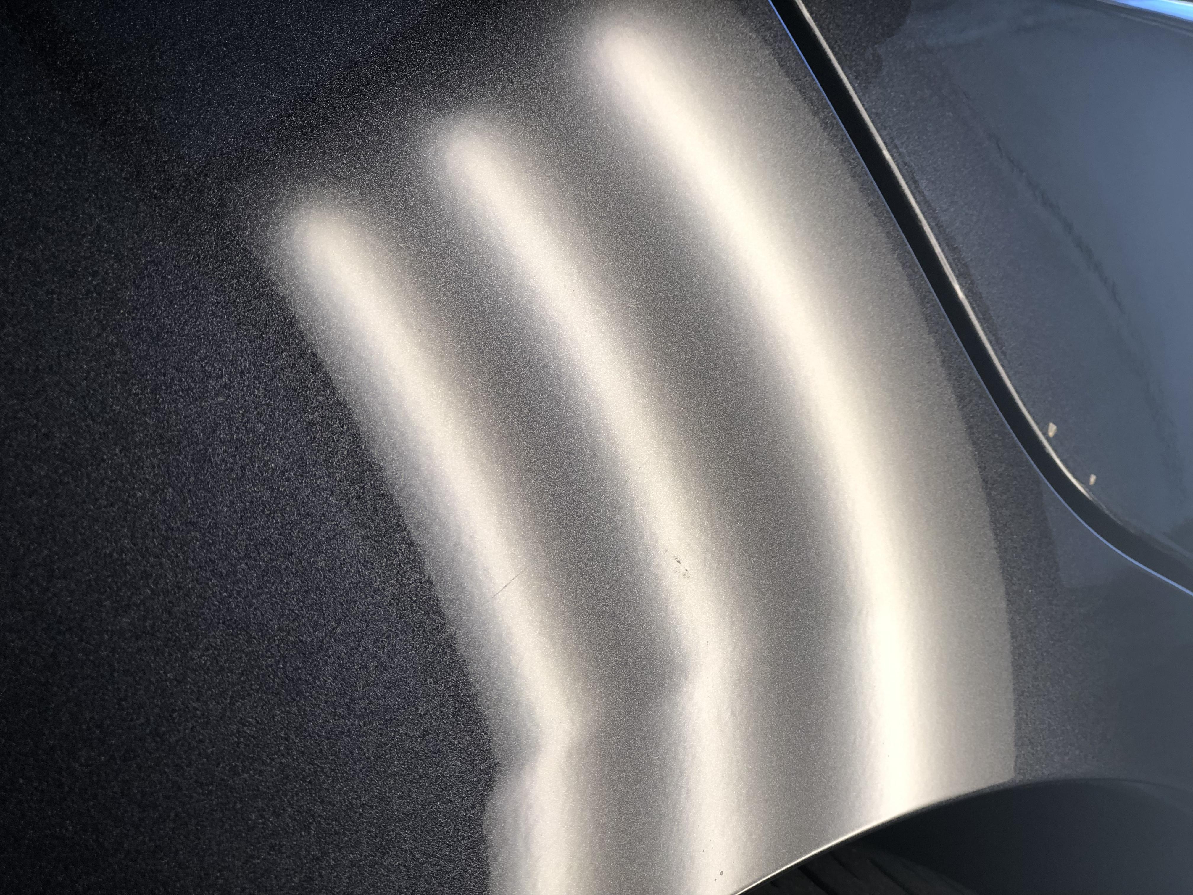 レヴォーグ クォーターパネルのヘコミ修理