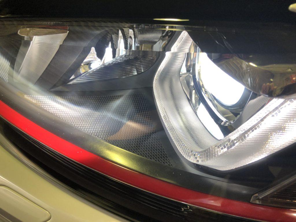 ゴルフⅦ GTI ヘッドライト磨き