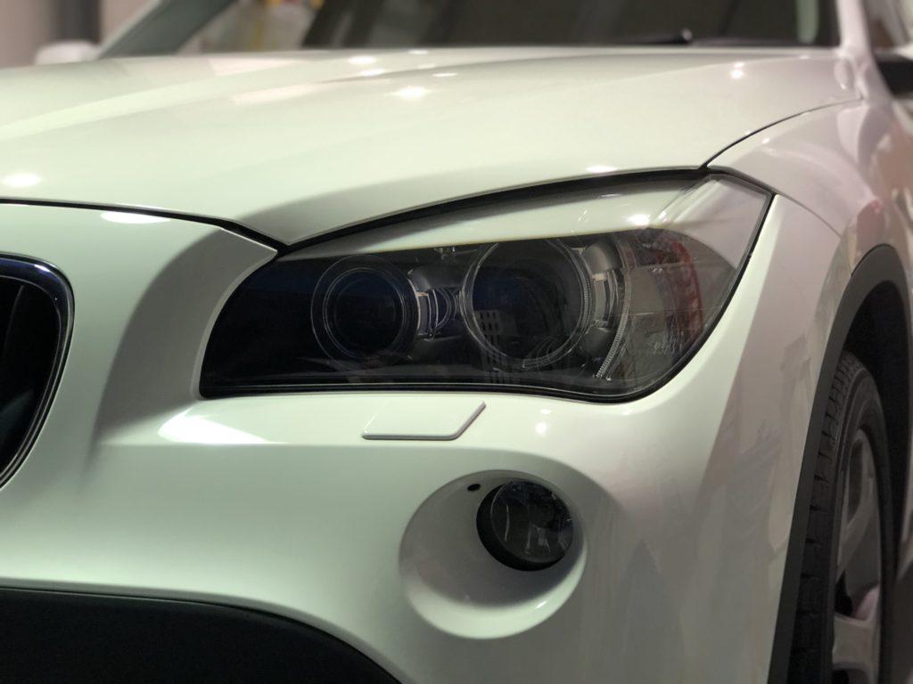 BMW X1 ヘッドライトリペア