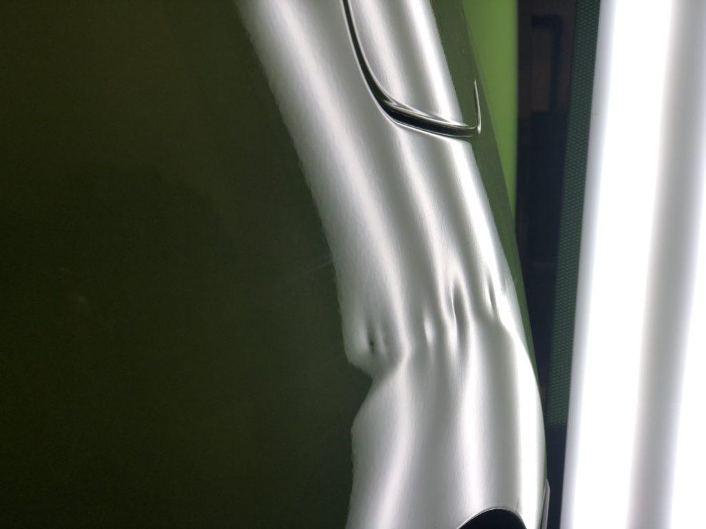 カングー プレスラインのヘコミ修理