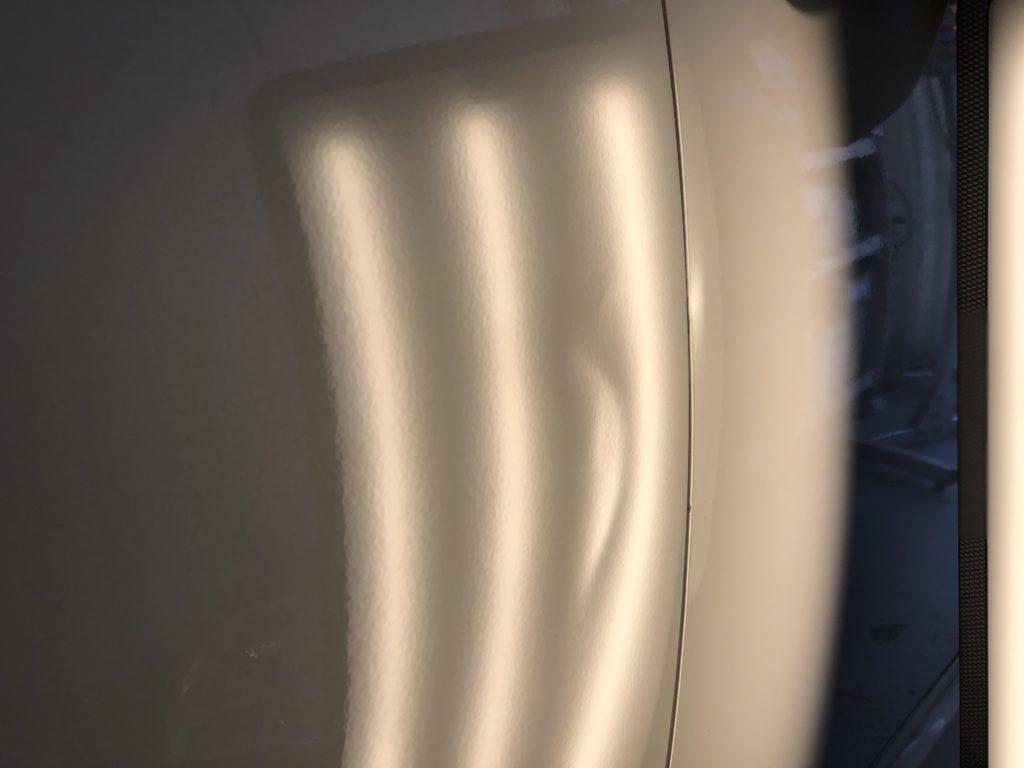 マツダ アテンザ ドアのヘコミ修理