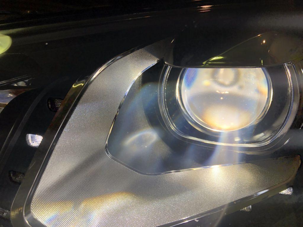 フォルクスワーゲン シャランのヘッドライトクラック除去