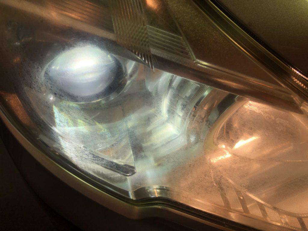 スバル レガシィ  ヘッドライトの黄ばみ・ひび割れ・クラック除去出来ます。