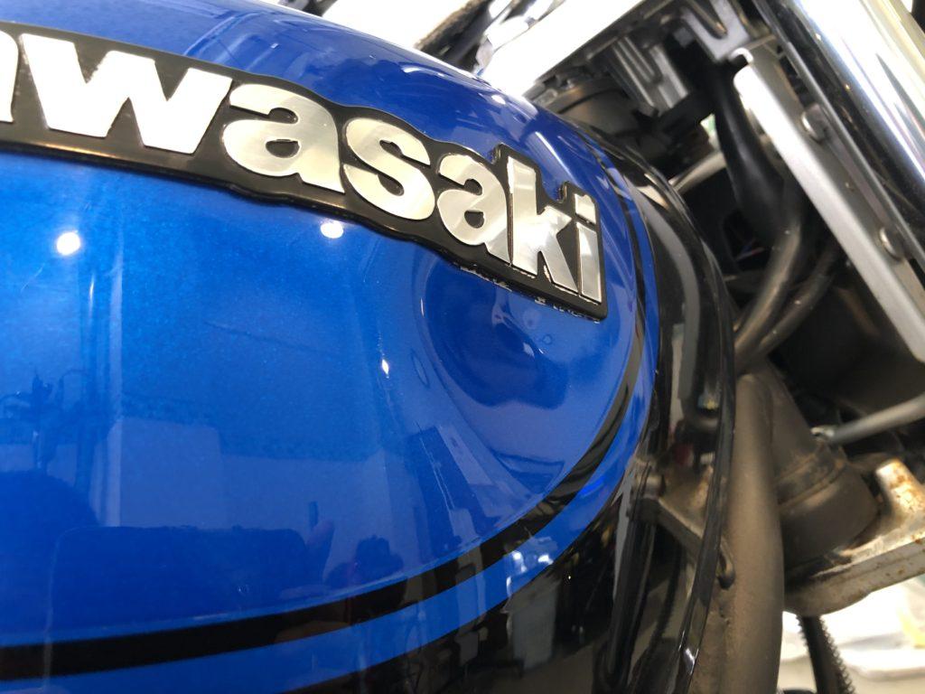 カワサキ ゼファーX  タンクのヘコミ修理