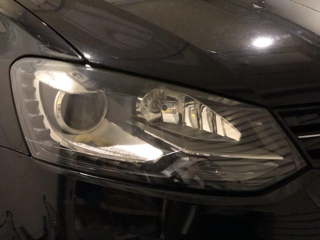 フォルクスワーゲン ポロ ヘッドライト磨き
