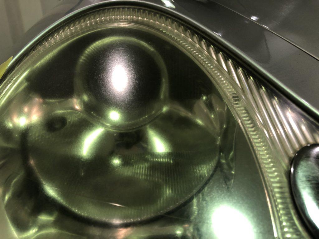 ポルシェのヘッドライトはキレイになります!!