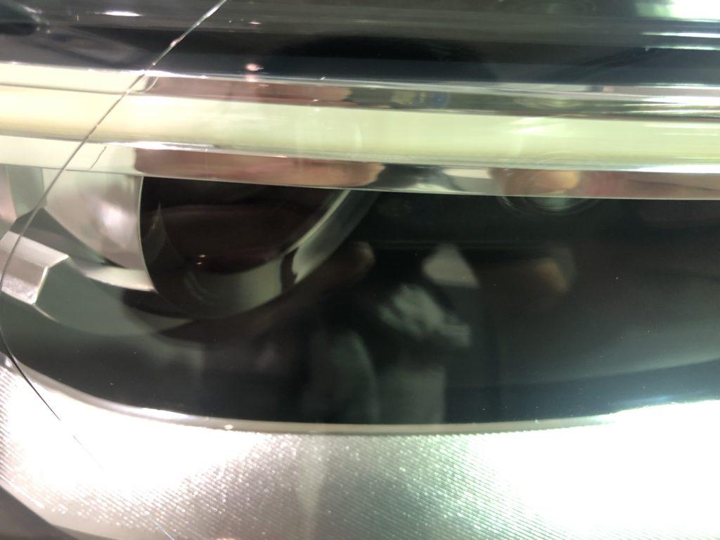 アウディQ3  ヘッドライト磨き