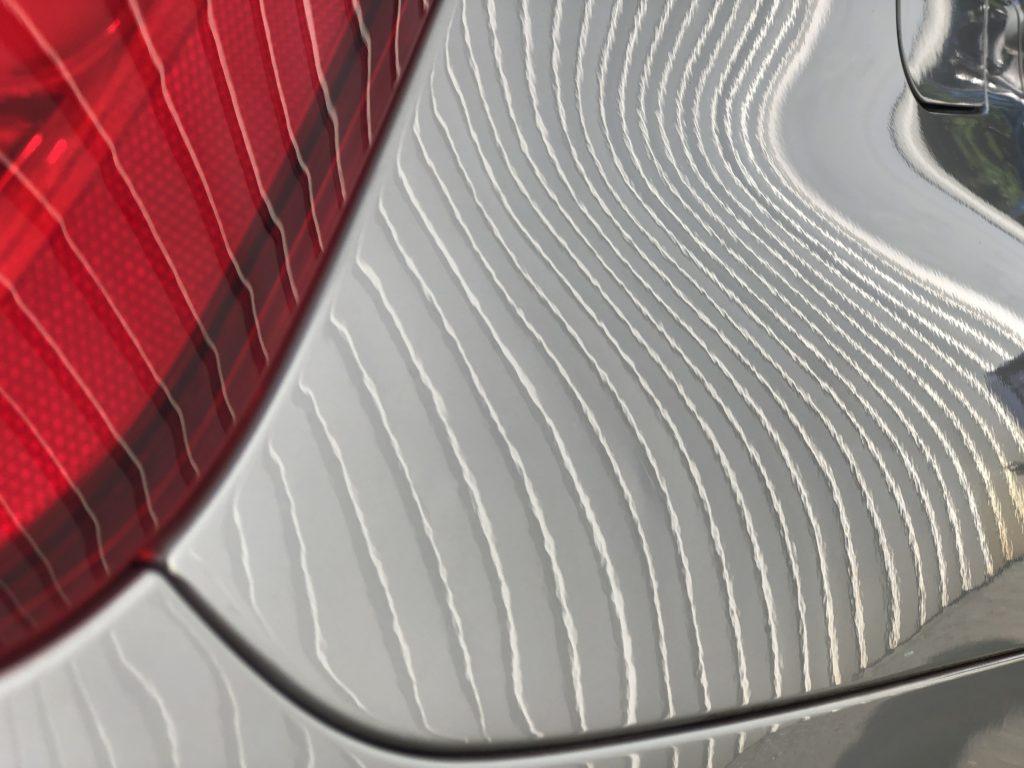 BMW328i  クォーターパネルのデントリペア作業後