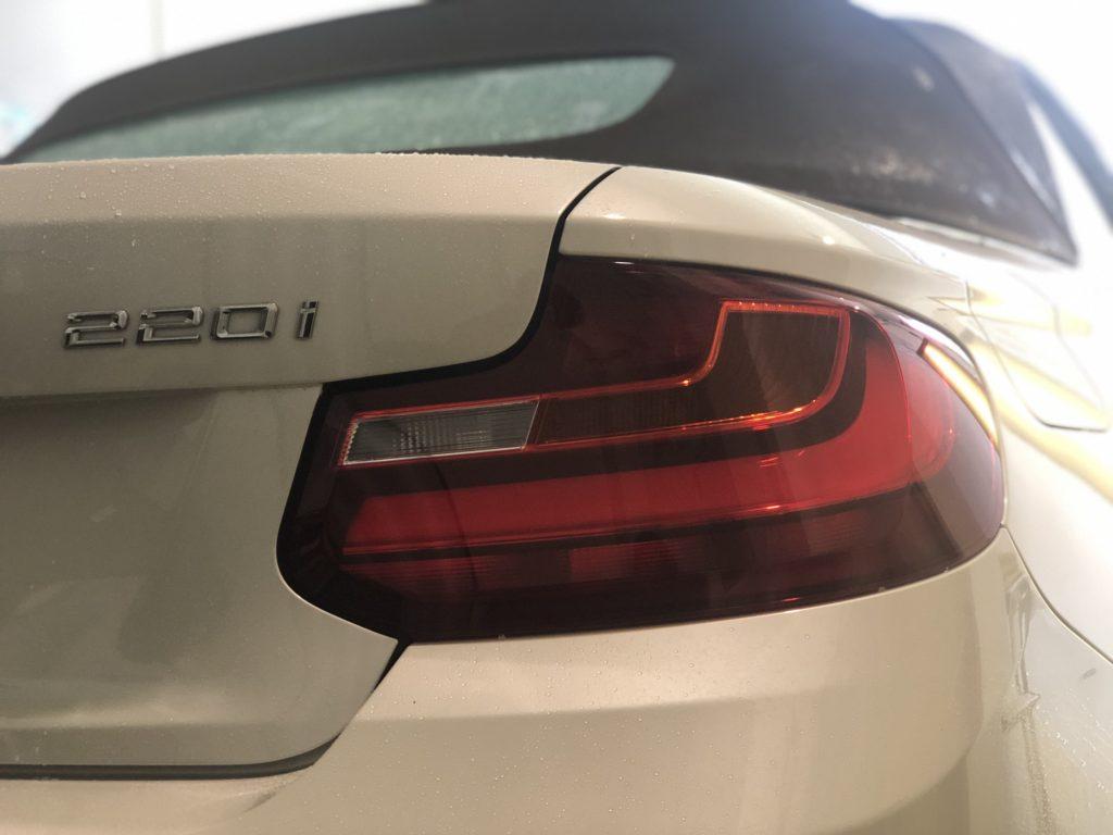 BMW220i カブリオレ デントリペア