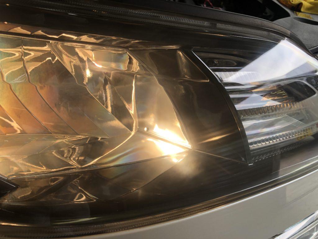 ヴェルファイアのヘッドライトのクラックは除去出来ます!!