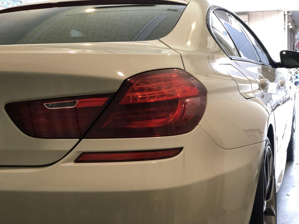 BMW 640 グランクーペ ヘッドライトのひび割れ除去
