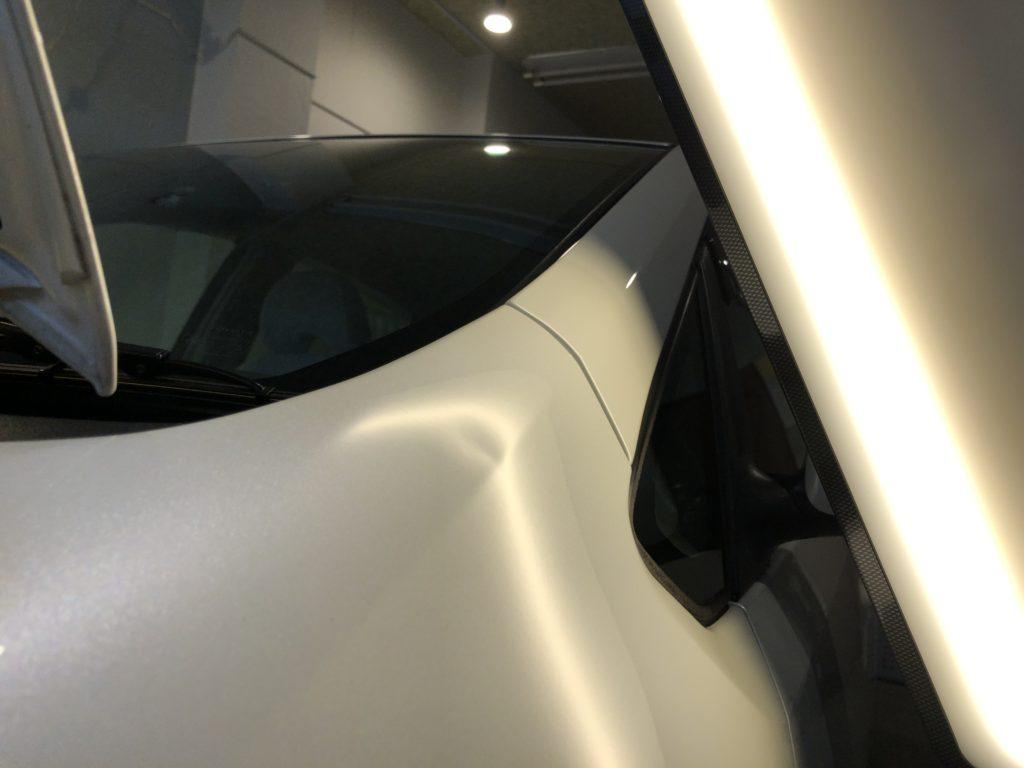 トヨタ 20プリウス フロントフェンダーのデントリペア作業前