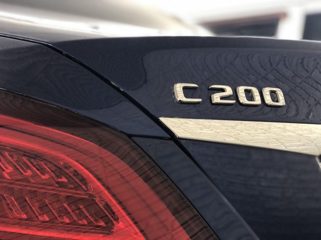 ベンツC200 デントリペア