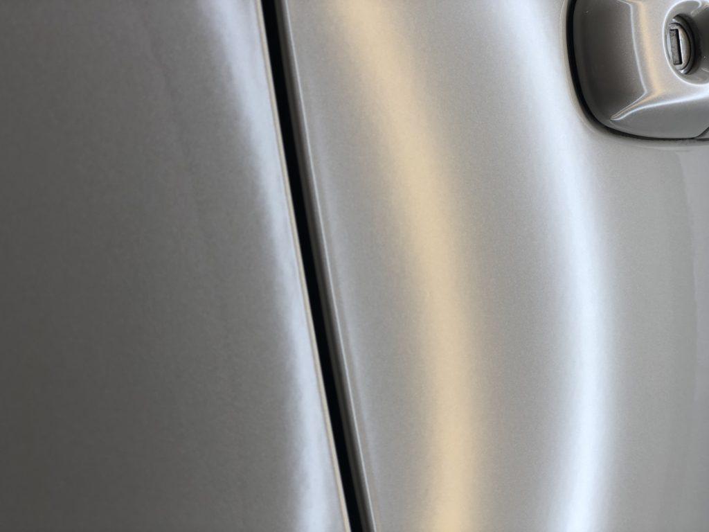 トヨタ86 ドアのヘコミ修理