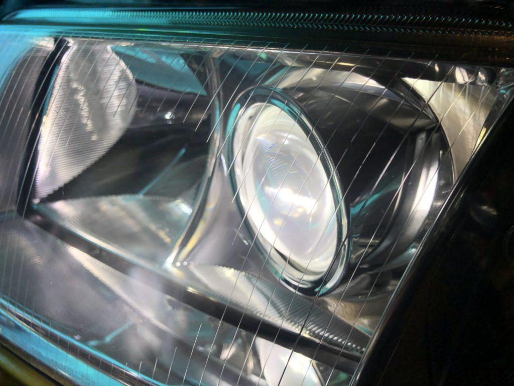 ヘッドライトリペアで透明度は確実に上がります。