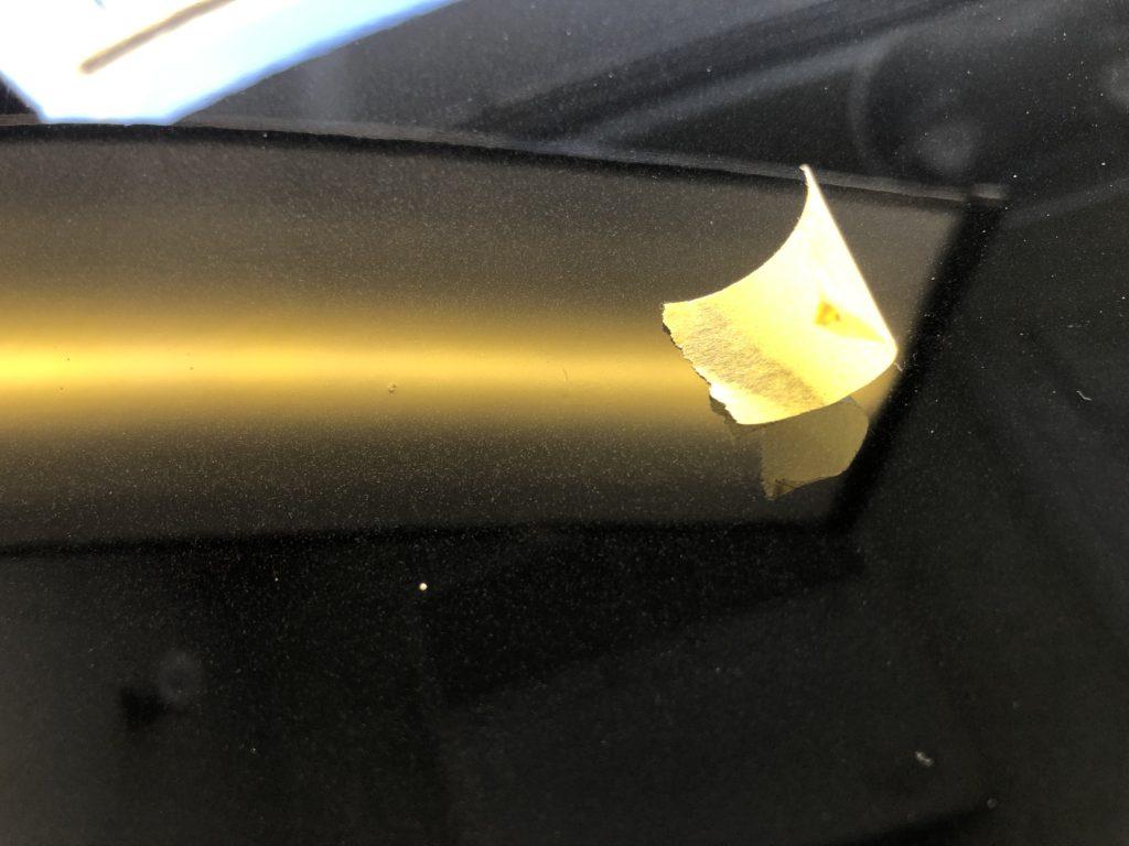 BMWX3 ボンネットの深いヘコミのデントリペア