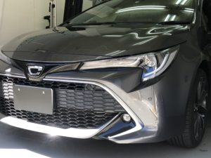 トヨタカローラスポーツXSE デントリペア